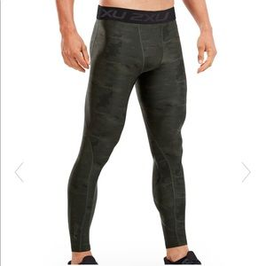 NWT 2XU Men's Accelerate Print Compr Tights small